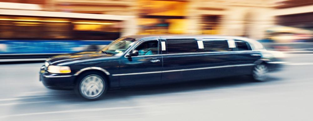 Transfer mit einer Limousine durch Berlin - plane deine eigene Tour